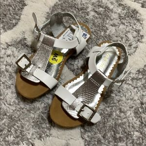 3/$15 🎉 Nine West sandal